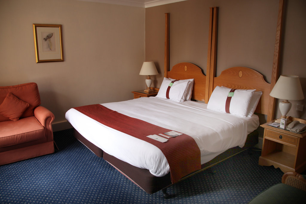 Holiday Inn Doncaster A1(M), Jct 36-Holiday Inn Doncaster A1M Jct36 King Room<br/>Image from Leonardo