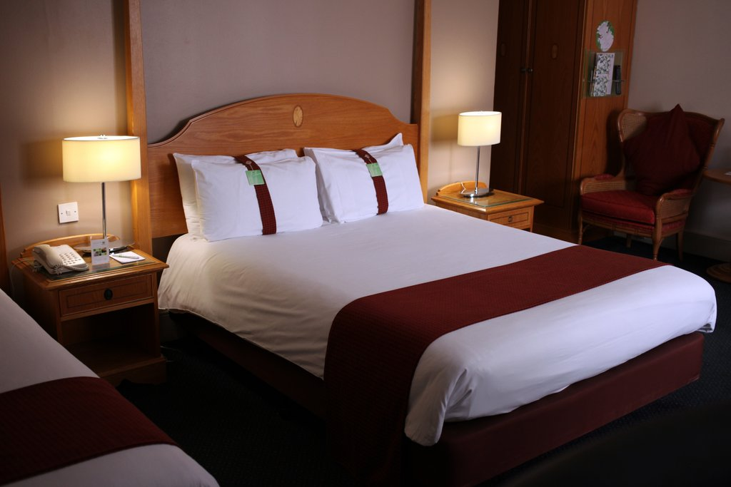 Holiday Inn Doncaster A1(M), Jct 36-Holiday Inn Doncaster A1M Jct36 Executive Room<br/>Image from Leonardo
