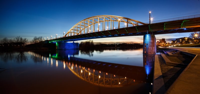 Holiday Inn Express Arnhem-Enjoy the beautiful architecture of the nearby Arnhem Bridge<br/>Image from Leonardo