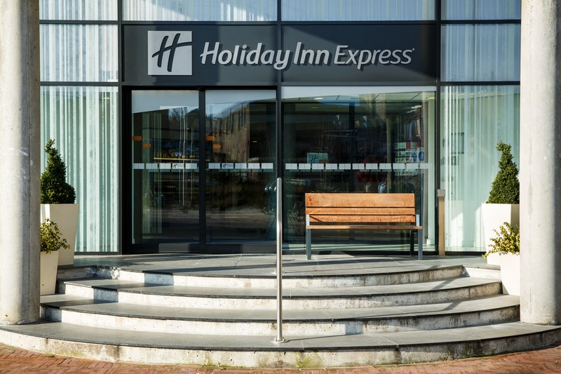 Holiday Inn Express Arnhem-Welcome to Holiday Inn Express Arnhem<br/>Image from Leonardo