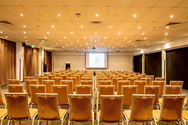 Holiday Inn Suva-Meeting Room<br/>Image from Leonardo