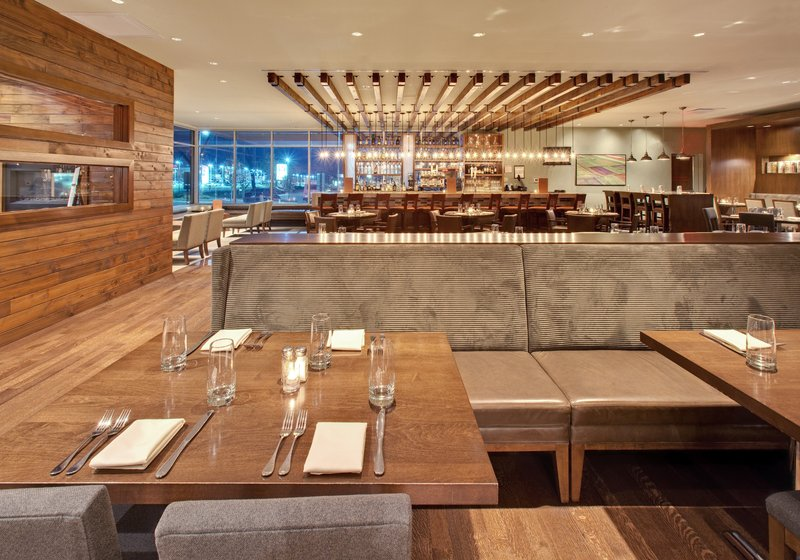Crowne Plaza Lombard Downers Grove-Sustainable farming, green wineries, local breweries<br/>Image from Leonardo