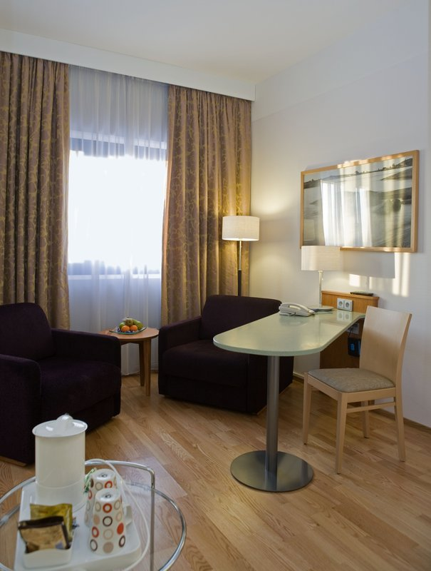 Holiday Inn Helsinki - Vantaa Airport-Relax and enjoy a cup of coffee<br/>Image from Leonardo