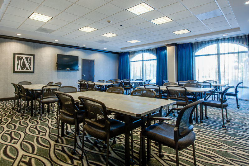 Holiday Inn Express Hotel & Suites Charleston Apt-Conv Ctr-Flexible meeting space customized for groups and business events.<br/>Image from Leonardo