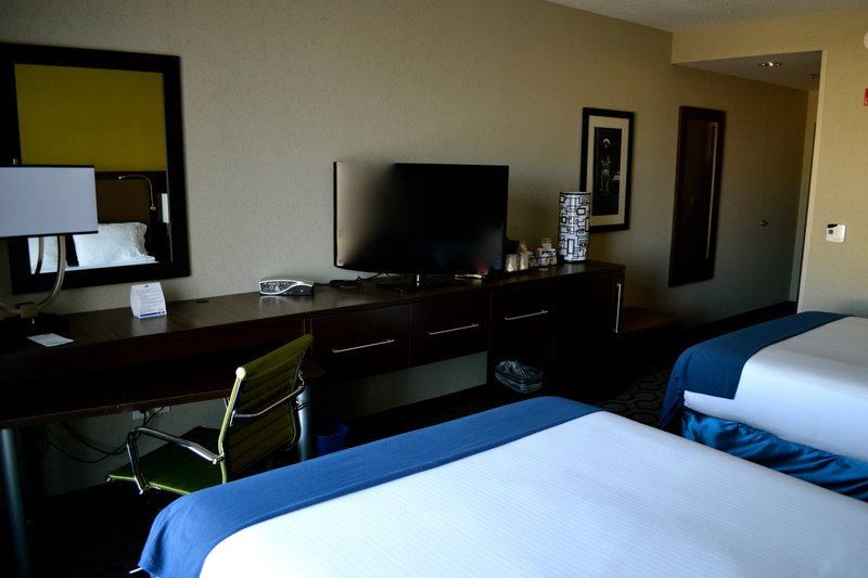 Holiday Inn Express Hotel & Suites Charleston Apt-Conv Ctr-Standard Double Queen Room with HSIA and Flat Screen TV's<br/>Image from Leonardo