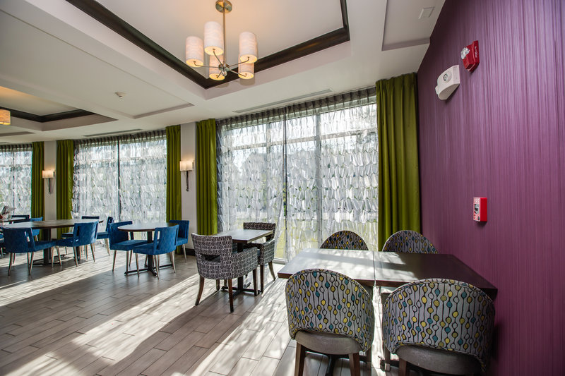 Holiday Inn Express Hotel & Suites Charleston Apt-Conv Ctr-Breakfast Bar<br/>Image from Leonardo