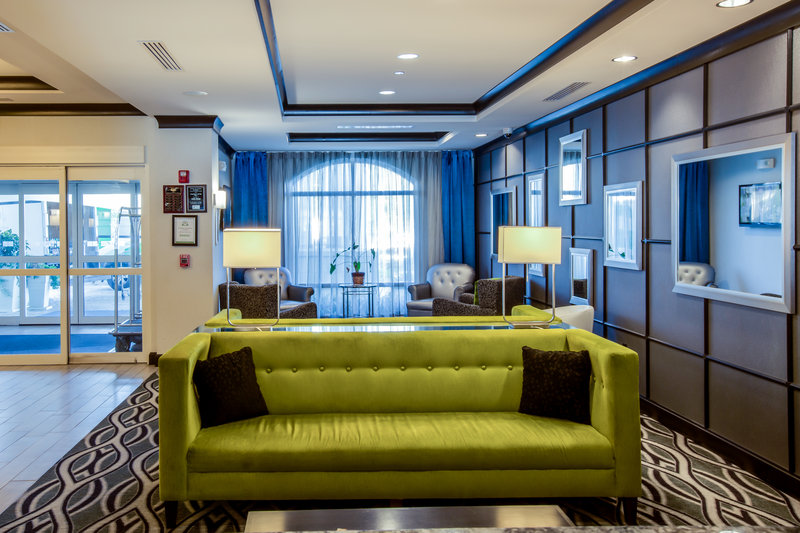 Holiday Inn Express Hotel & Suites Charleston Apt-Conv Ctr-Hotel Lobby<br/>Image from Leonardo