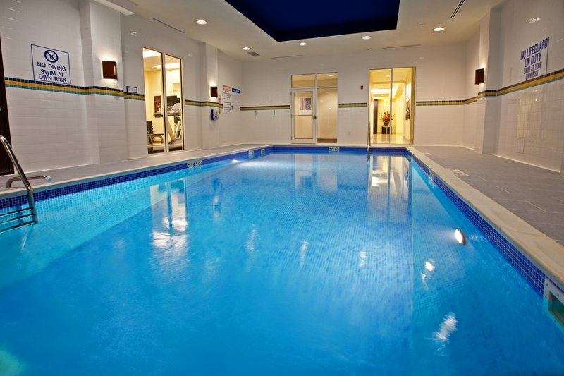 Holiday Inn Louisville Airport - Fair/Expo-Swimming Pool<br/>Image from Leonardo