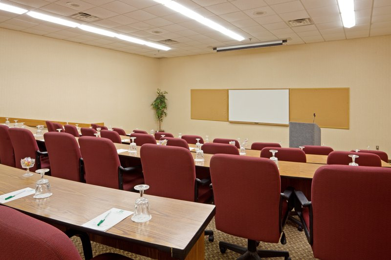 Holiday Inn Mansfield-Foxboro Area-88 seat Amphitheater for corporate meetings<br/>Image from Leonardo