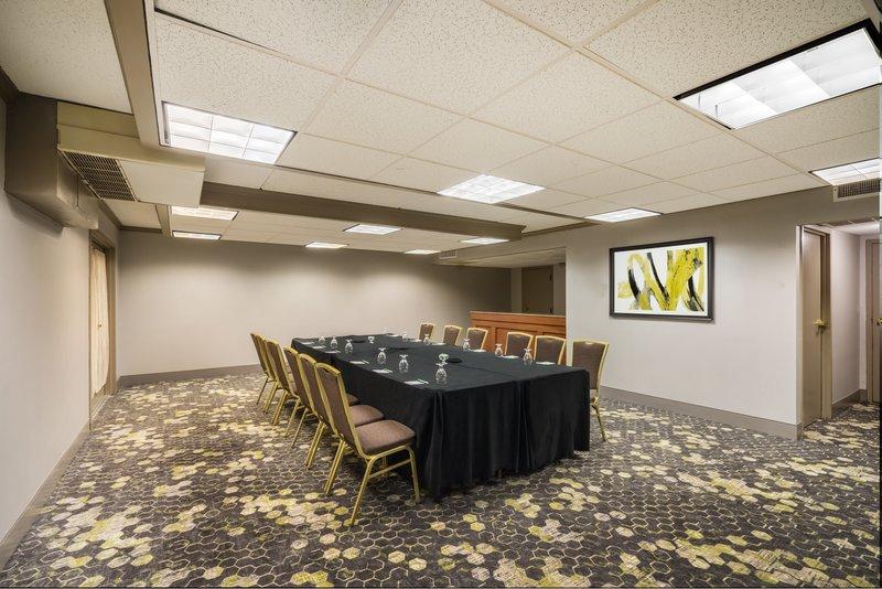 Holiday Inn Mansfield-Foxboro Area-Meeting Room at Holiday Inn Mansfield-Foxboro <br/>Image from Leonardo