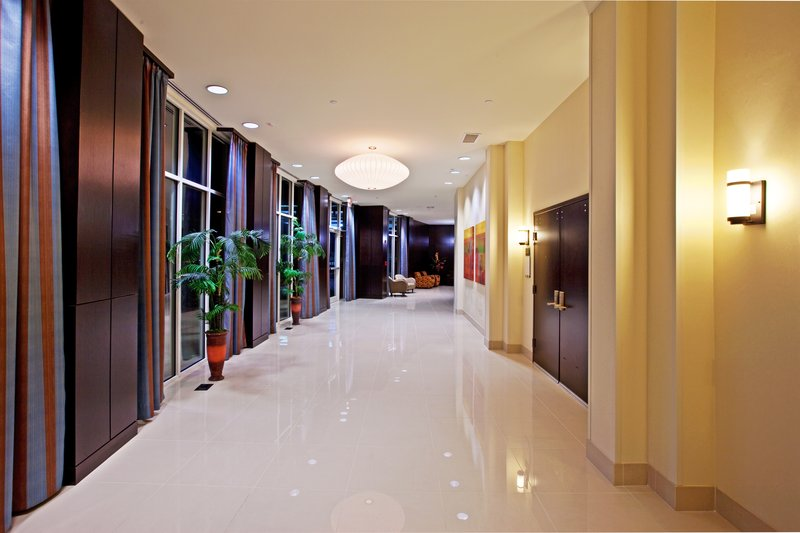 Holiday Inn Louisville Airport - Fair/Expo-Pre-function Area<br/>Image from Leonardo