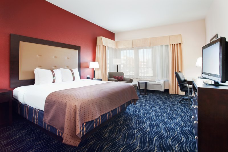 Holiday Inn Hotel & Suites Grand Junction-Airport-Plenty of room to relax while traveling in Colorado's Wine Country<br/>Image from Leonardo