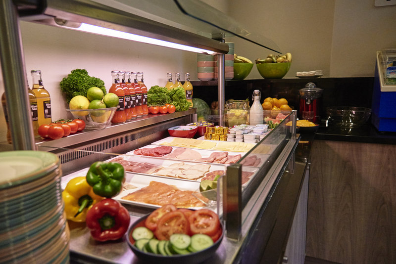 Holiday Inn Brussels - Schuman-Breakfast buffet large variety of cold meats and cheeses<br/>Image from Leonardo