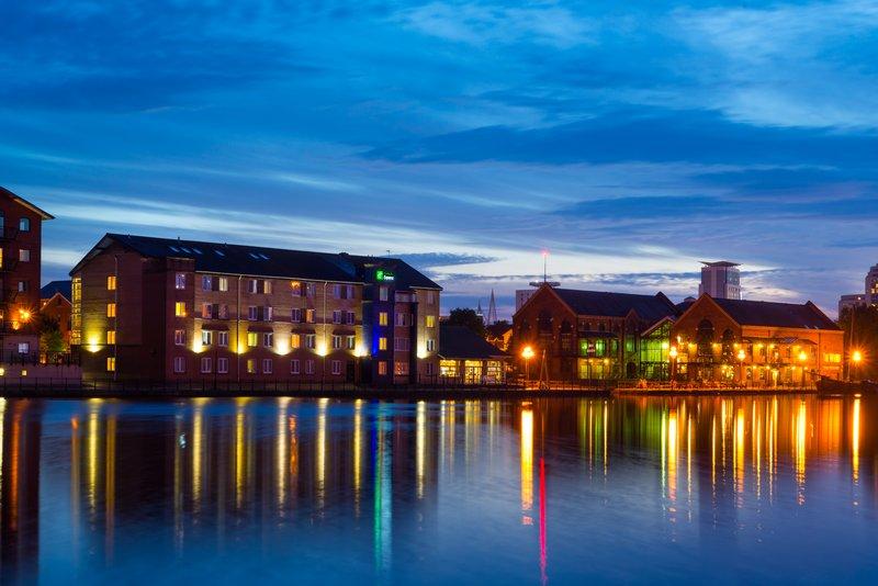 Holiday Inn Express Cardiff Bay-Summer nights on the wharf<br/>Image from Leonardo