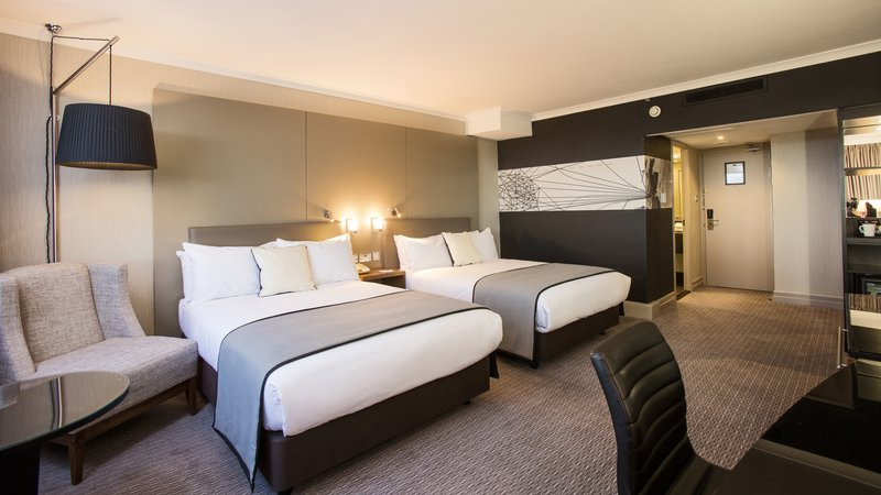 Crowne Plaza Glasgow-Double Bed Guest Room<br/>Image from Leonardo