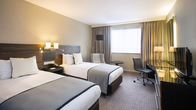 Crowne Plaza Glasgow-2 Double Beds non smoking<br/>Image from Leonardo