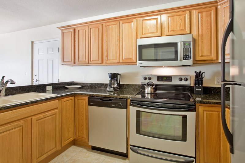 Holiday Inn Resort Grand Cayman-One Bedroom King Suite- Full Kitchen <br/>Image from Leonardo