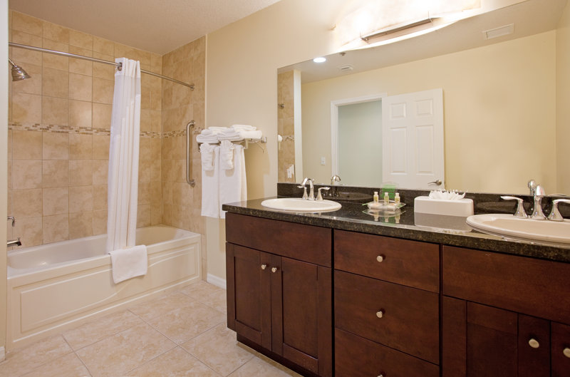 Holiday Inn Resort Grand Cayman-Holiday Inn Resort has large well lit guest bathrooms<br/>Image from Leonardo