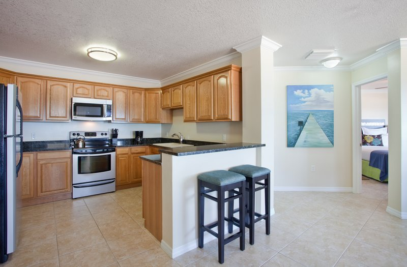 Holiday Inn Resort Grand Cayman-Grand Villa, kitchen area, Cayman Islands suite, 1400 sq ft<br/>Image from Leonardo