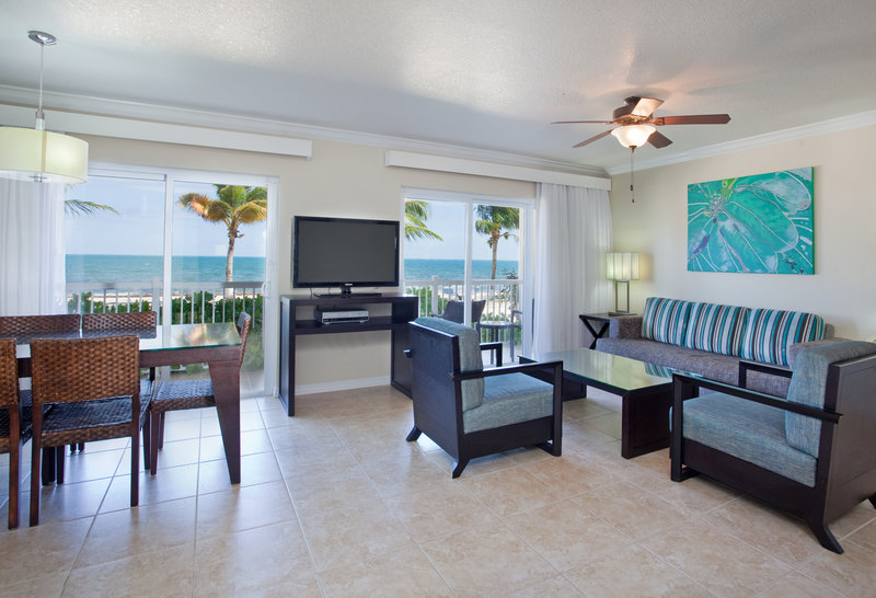 Holiday Inn Resort Grand Cayman-Grand Villa 2 Bedroom, Two Bath Grand Cayman Island Suite<br/>Image from Leonardo