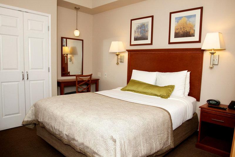 Candlewood Suites Santa Maria-Guest Room One Bedroom Suite<br/>Image from Leonardo
