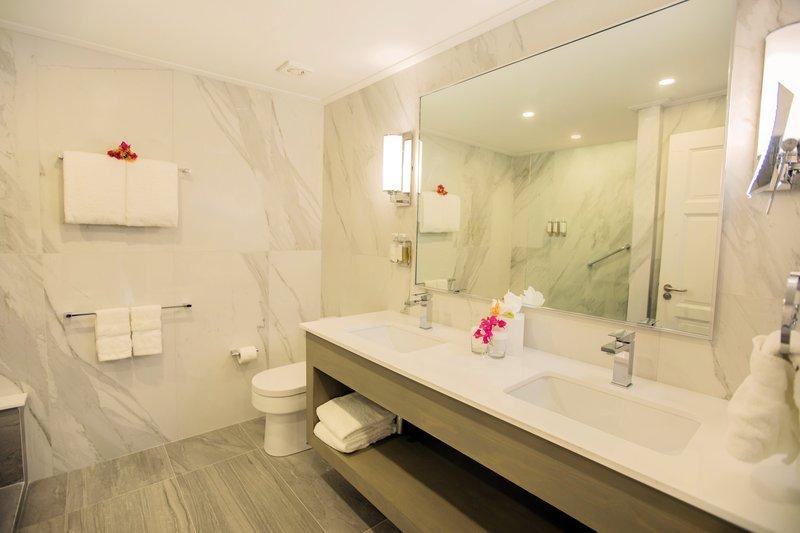 Bougainvillea Barbados-Deluxe Bedroom Suite - Bathroom<br/>Image from Leonardo