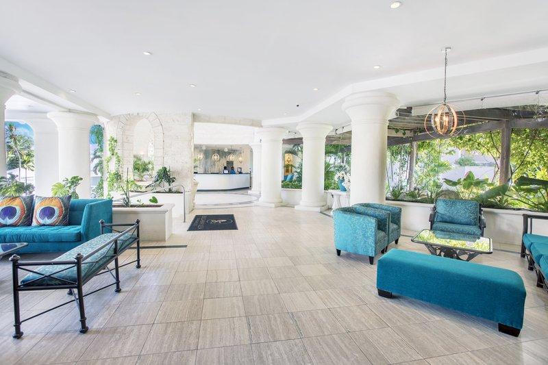 Bougainvillea Barbados-Lobby<br/>Image from Leonardo