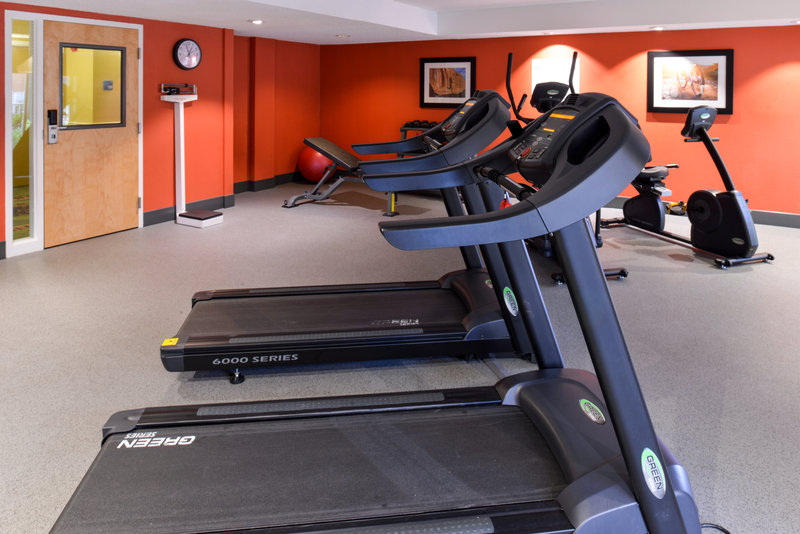 Holiday Inn Express Clearwater East - Icot Center-Our brand new fitness center<br/>Image from Leonardo