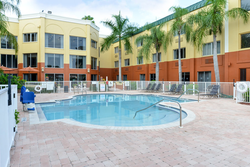 Holiday Inn Express Clearwater East - Icot Center-Outdoor pool set in a beautiful courtyard setting<br/>Image from Leonardo