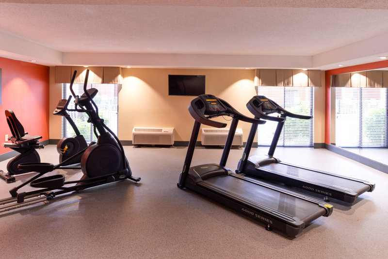 Holiday Inn Express Clearwater East - Icot Center-Enjoy all our new equipment in our fitness room<br/>Image from Leonardo