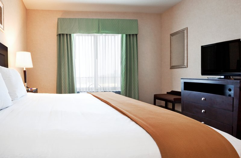 Holiday Inn Express & Suites North East (Erie I-90 Exit 41)-King Bed Guest Room<br/>Image from Leonardo