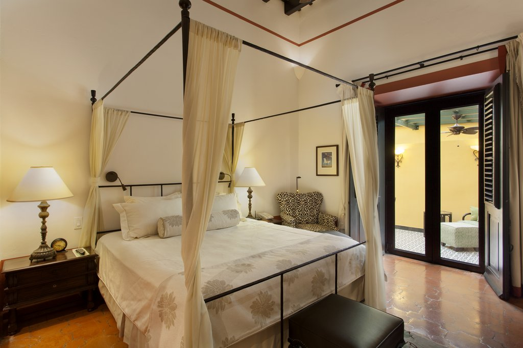 Hotel El Convento - McMurray Jr. Suite <br/>Image from Leonardo