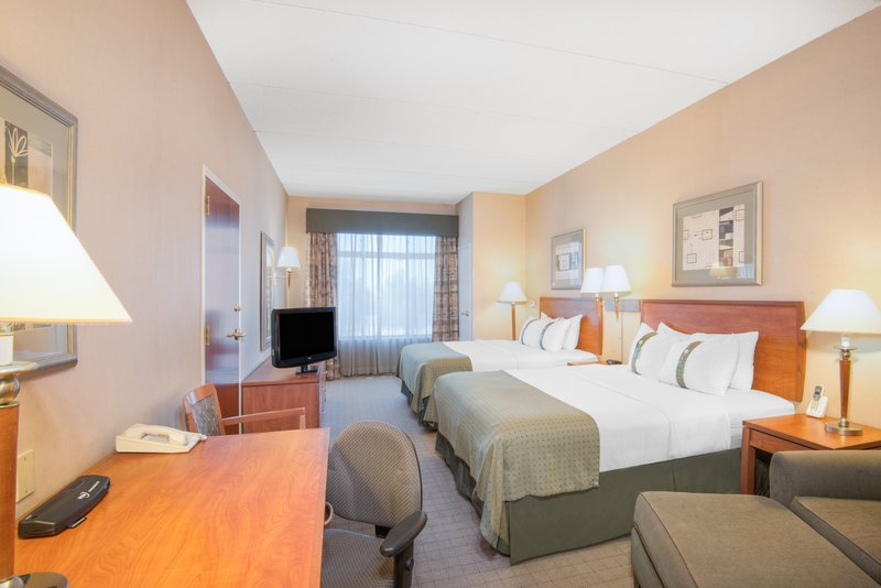 Holiday Inn Express Phoenix-I-10 West/Goodyear-Spacious Two Queen Bed Guest Room<br/>Image from Leonardo