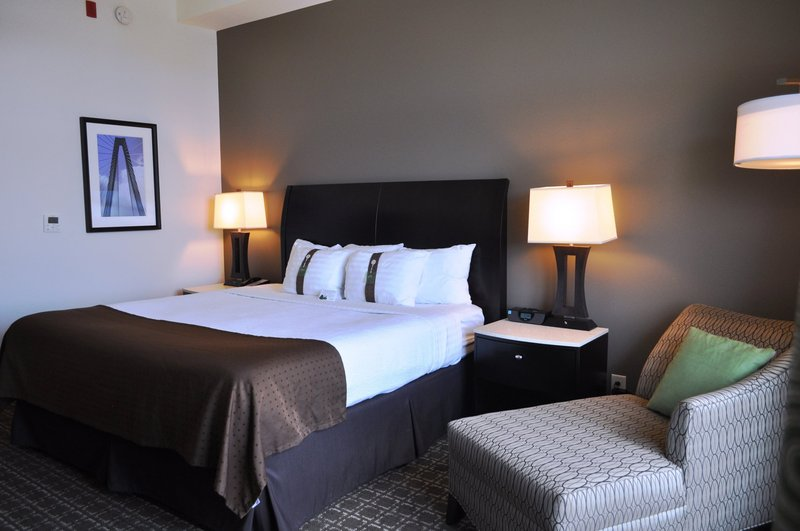 Holiday Inn Charleston Historic Downtown-Spacious standard guest room with king bed<br/>Image from Leonardo
