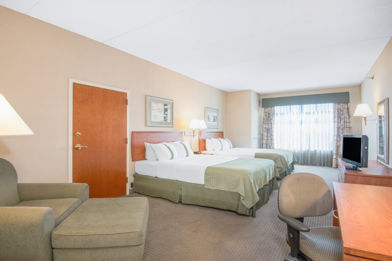 Holiday Inn Express Phoenix-I-10 West/Goodyear-ADA/Handicapped accessible Two Queen Bed Guest Room<br/>Image from Leonardo