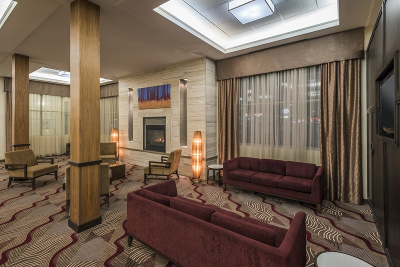 Holiday Inn Lethbridge-Hotel lobby<br/>Image from Leonardo