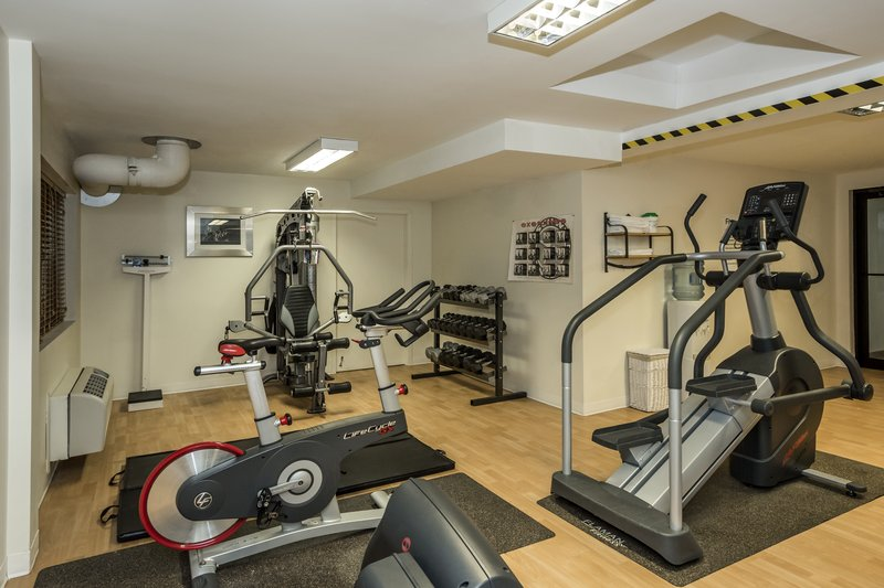 Holiday Inn Lethbridge-Fitness center open as early as 5H30AM - daily<br/>Image from Leonardo