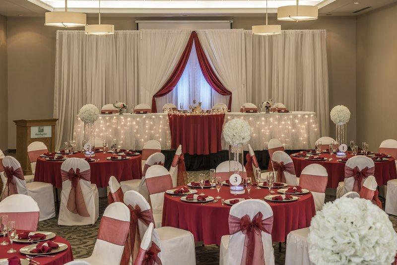 Holiday Inn Lethbridge-Holiday Inn Lethbridge your wedding venue.<br/>Image from Leonardo