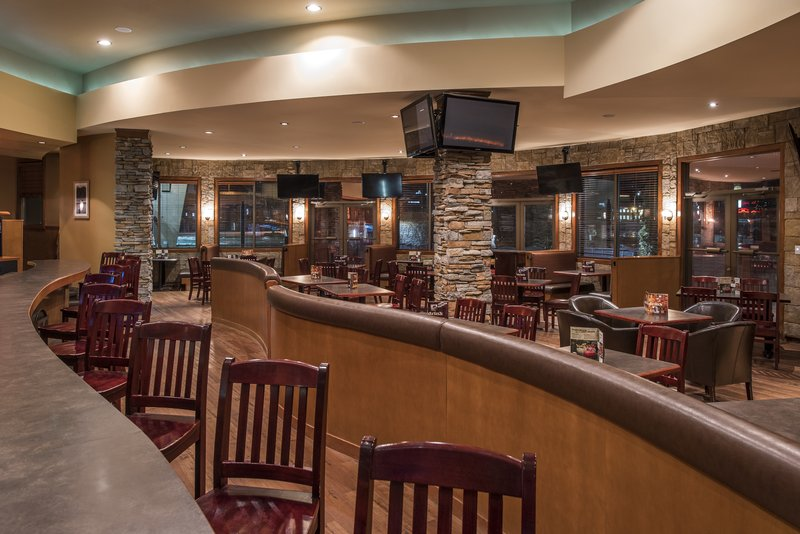 Holiday Inn Lethbridge-After work meet with friends or colleagues to relax and unwind<br/>Image from Leonardo