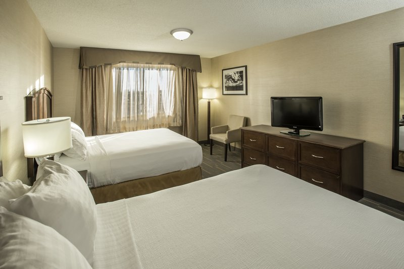 Holiday Inn Lethbridge-Bedroom with 2 Queen beds<br/>Image from Leonardo