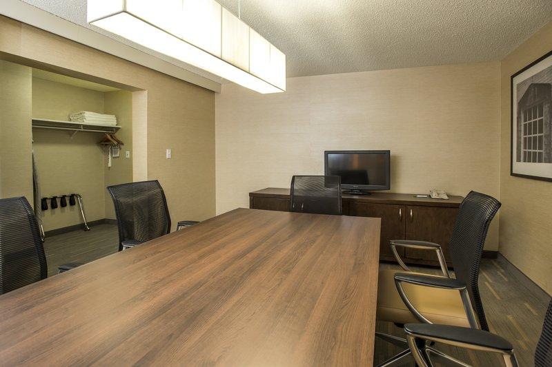 Holiday Inn Lethbridge-Boardroom table sitting 8 persons in adjacent room.<br/>Image from Leonardo