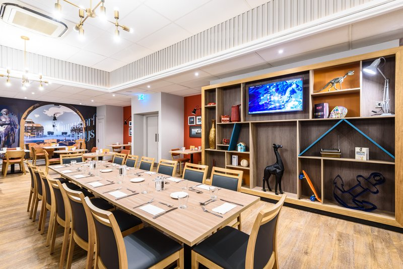 Holiday Inn Portsmouth-Restaurant<br/>Image from Leonardo