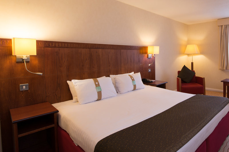 Holiday Inn Northampton-Executive Guest Room. A little luxury for you.<br/>Image from Leonardo