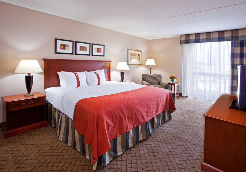 Holiday Inn Hotel & Suites Cincinnati-Eastgate (I-275e)-Our rooms are designed for corporate and leisure traveler alike.<br/>Image from Leonardo