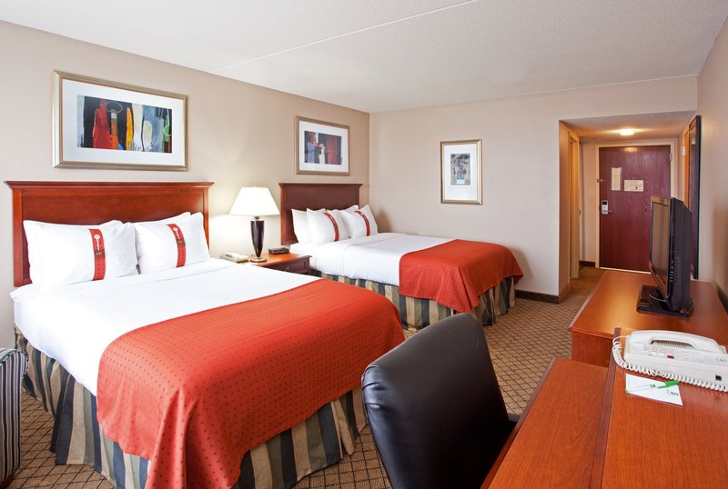 Holiday Inn Hotel & Suites Cincinnati-Eastgate (I-275e)-Make yourself at home in our guest rooms.<br/>Image from Leonardo