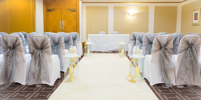 Holiday Inn Newcastle-Jesmond-Civil ceremony room<br/>Image from Leonardo