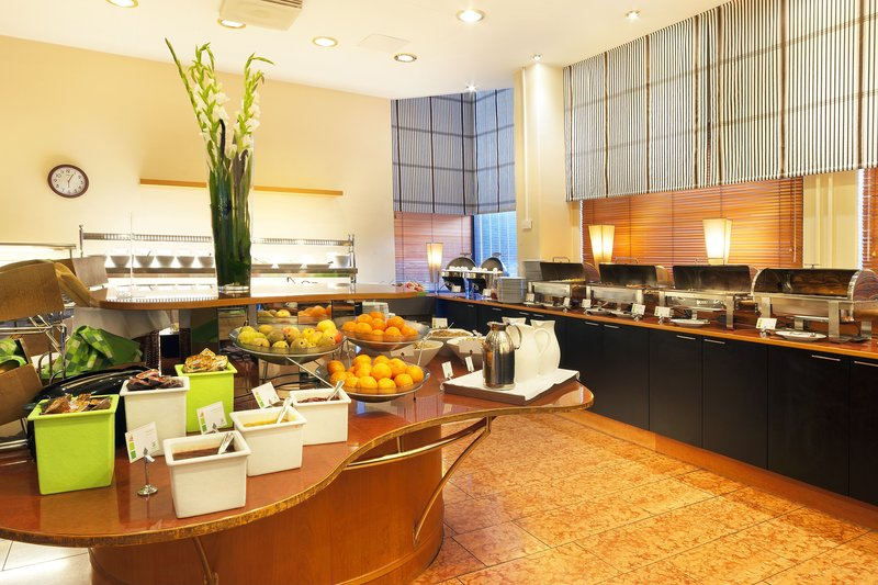 Holiday Inn Helsinki - Vantaa Airport-Our Buffet Breakfast gives you a great start for a day<br/>Image from Leonardo