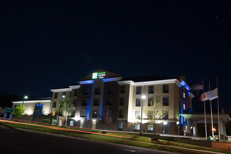 Holiday Inn Express & Suites North East (Erie I-90 Exit 41)-Hotel Exterior<br/>Image from Leonardo