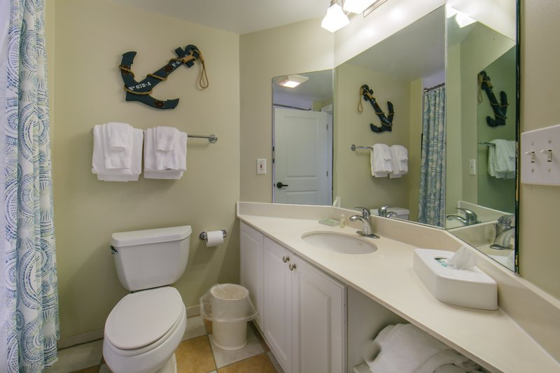 Holiday Inn Club Vacations South Beach Resort-Bathroom with shower/tub combo<br/>Image from Leonardo
