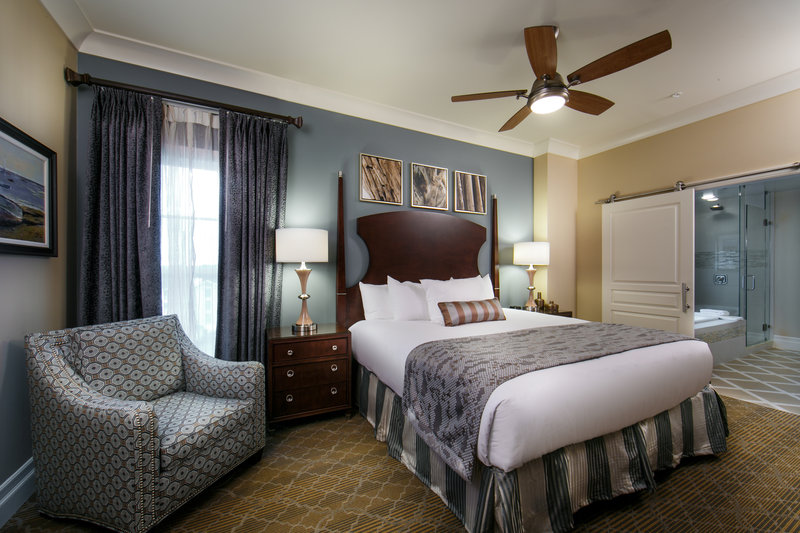 Holiday Inn Club Vacations South Beach Resort-Signature Collection bedroom with king size bed and upscale linens<br/>Image from Leonardo